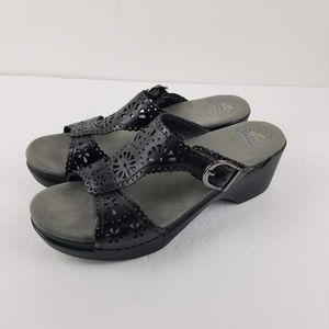 Dansko Women's Sapphire Black Leather Size 9.5